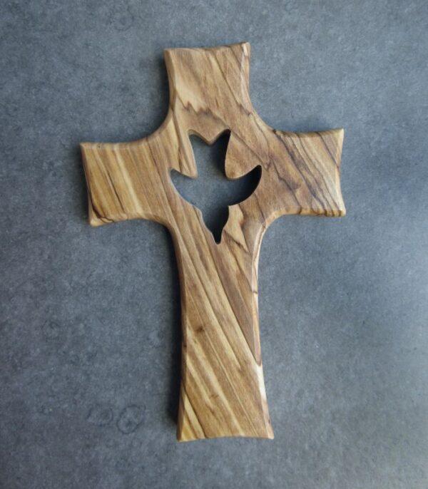 OnlyByGrace Kors med udskåret helligåndsdue