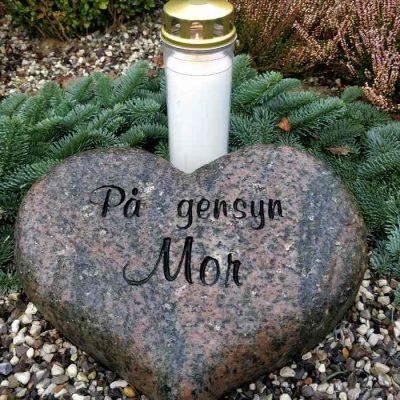 OnlyByGrace-gravlys-kirkegaard